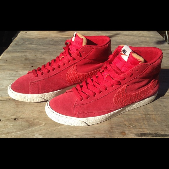 reputable site 48ac2 3b931 Nike Blazer Mid PRM Vntg Red Sail 638261 601. M 5a9f054f8df470b456ddec13